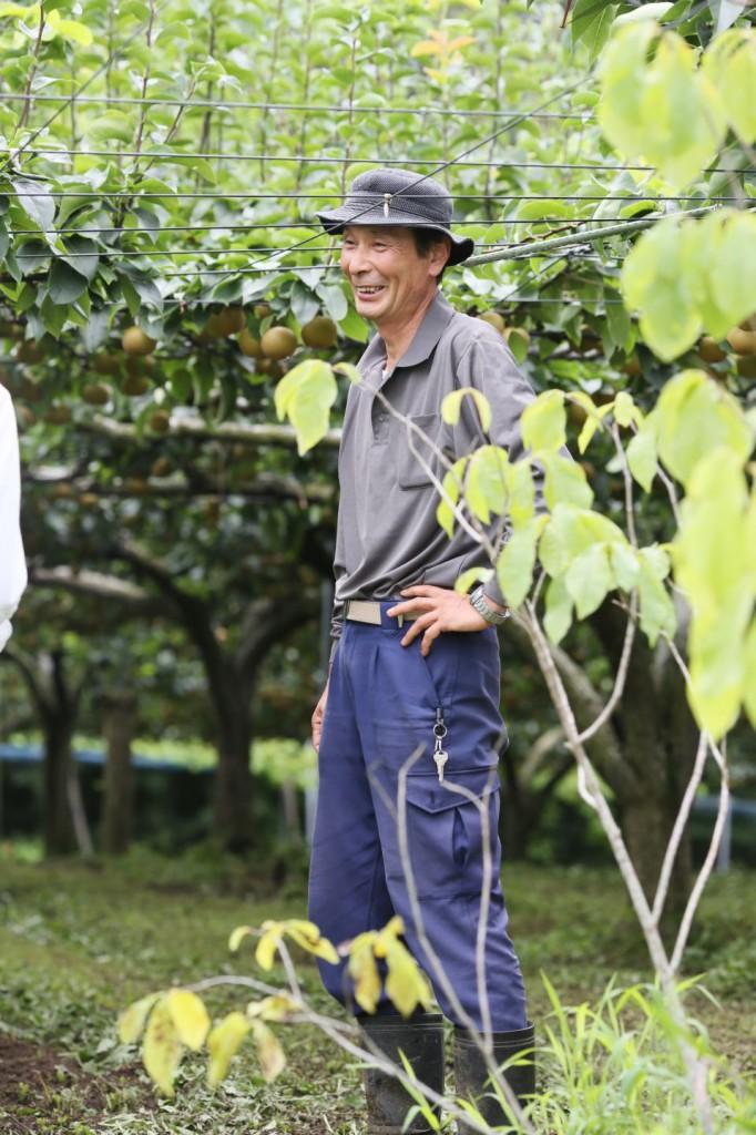 相馬市富沢で梨やキウイを育てる田中果樹園の田中富士夫さん