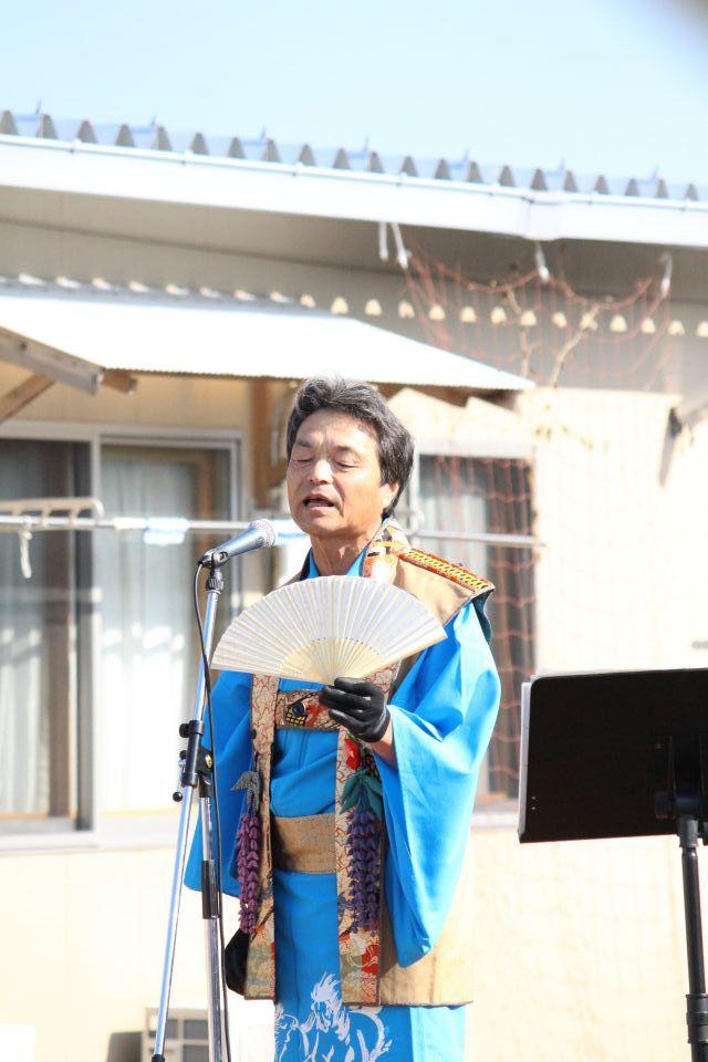 「なみえ復興祭 2014 秋」レポート。相馬出身の演歌歌手・仏次郎さん