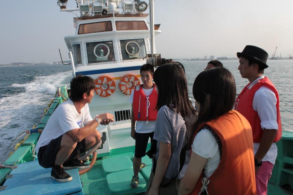 相馬市の漁師・菊地基文さんと岡山県備前緑陽高校のみなさん
