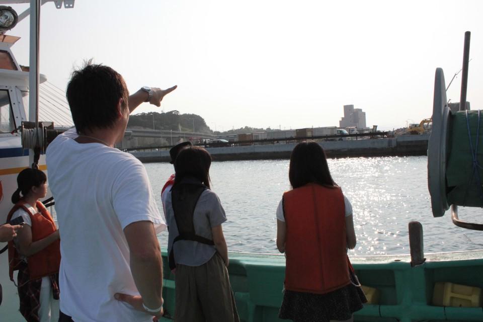 相馬の漁師・菊地基文さんと岡山県備前緑陽高校のみなさん