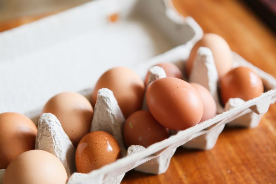 福島県相馬市にある大野村農園が自然卵養鶏法で育てた鶏の卵「相馬ミルキーエッグ」